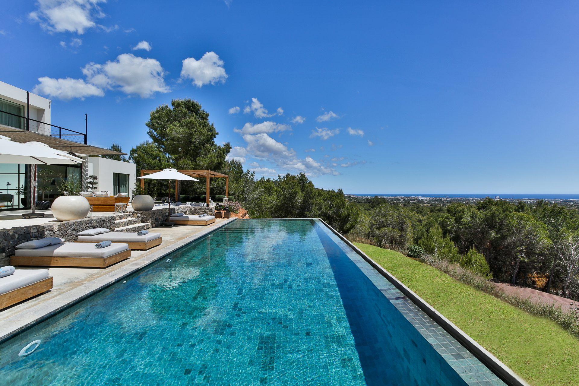 Villa Can Ras 01