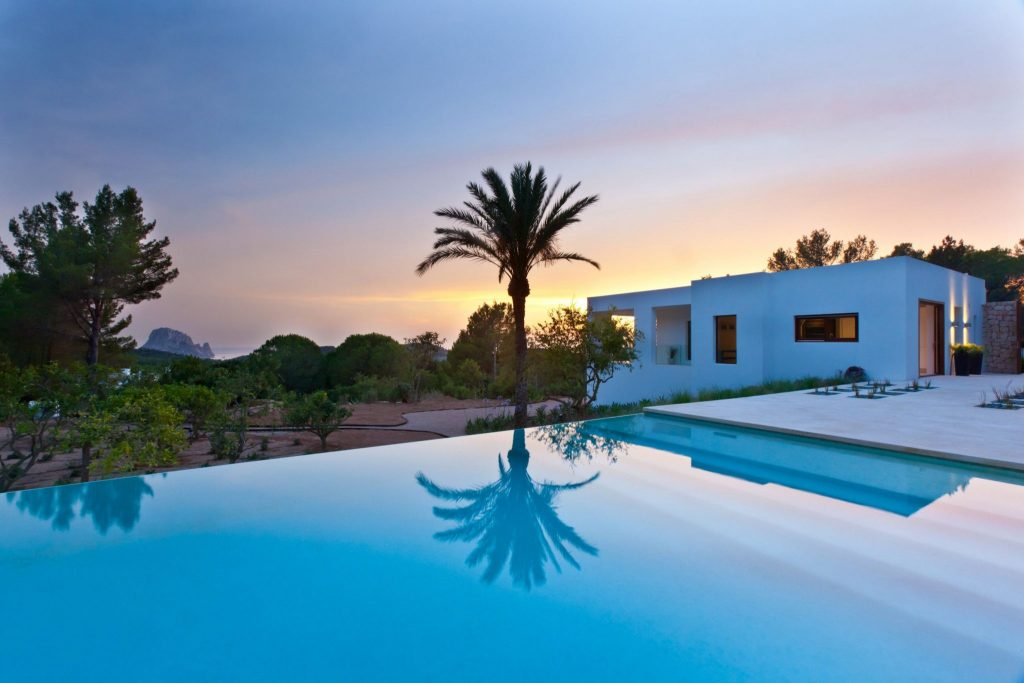 Villas with heated pools