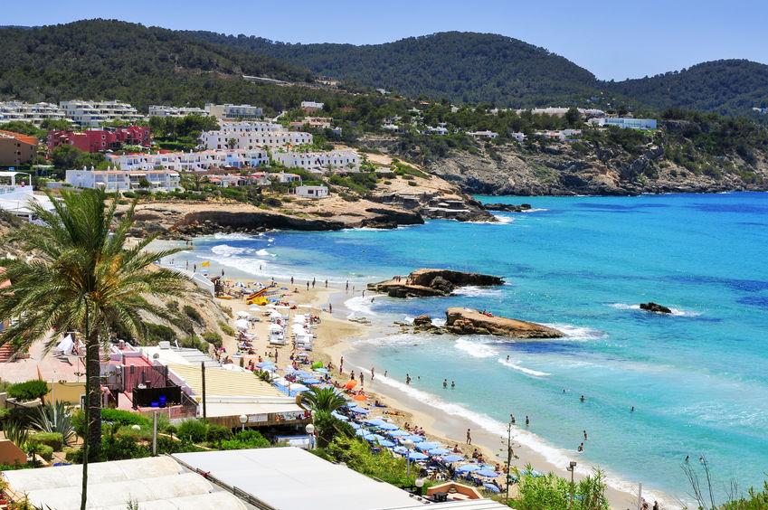 The 10 best family friendly beaches in Ibiza | MiCasaTuCasa